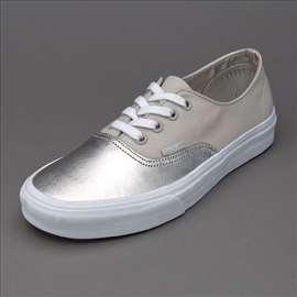 Vans Metallic Canvas in Silver 38