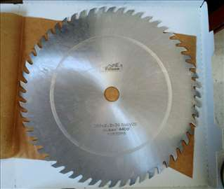 Kružna testera za drvo fi 350 - Pilana (Češka)