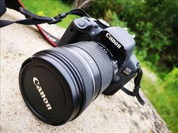 Canon EOS 650D prodajem sa ostalom opremom