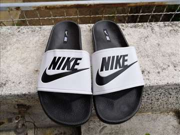 Nike muške crno-bele papuče-HIT-40-44 - novo!