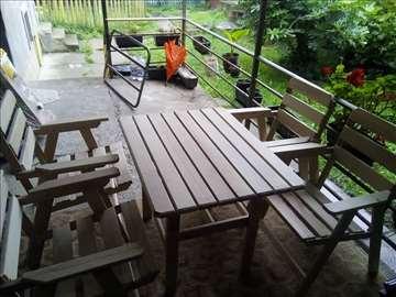 garnitura 4 stolice i sto