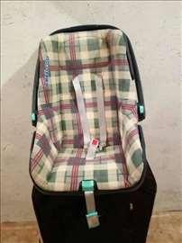 Korpa/sedište za bebe (auto)