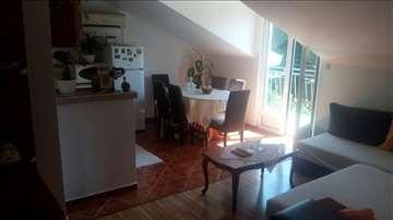 Zelenika, apartman 25 eur