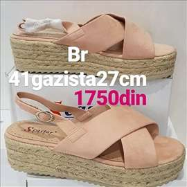 Nove sandale br 41