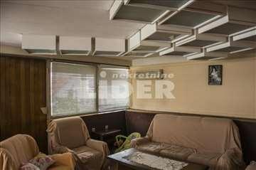 Zasebna kuća na placu na 2 nivoa i 5 ulaza ID#9391