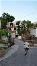 Kuća u Sutomoru