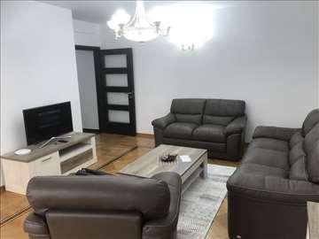 Lux stan u Budvi-izdajem