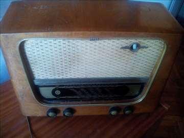 Radio Tesla 57 B