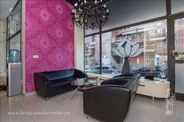 Poslovni prostor - lokal, 130m2, Južni Bulevar ID#