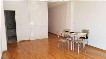 LUX stan u A bloku za kancelarijski prostor