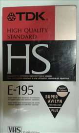 Video kaseta TDK E-195 HS neotpakovana 3 komada Ma