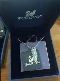Swarovski ogrlica sa slike