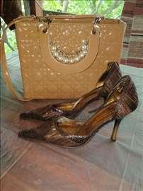 Otvorene cipele štikle i torba 2500