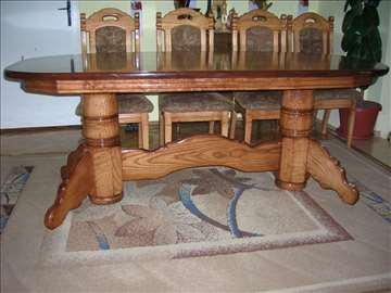 Trpezarijski stolovi