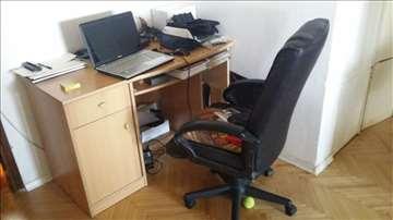 Radni sto sa stolicom