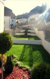 Prodajem &izdajem nov opremljen apartman- Zlatibor
