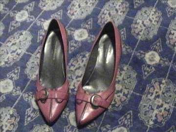 Atraktivne cipele proizvedene u Španiji