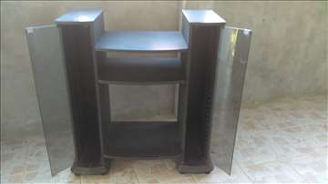 Stalak /polica/ za audio opremu i CD