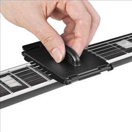 Specijalni čistač žica za gitaru, bas i dr.