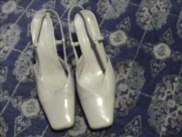 Veoma ocuvane cipele - sandalete od kože