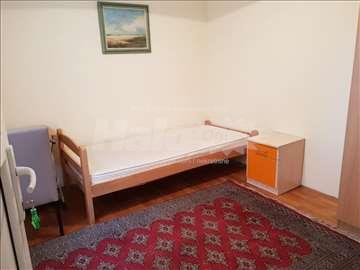 Jos jedna soba kod Dusanovacke pijace
