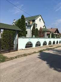 Kuća 440m2 u strogom centru Sopota na 4,8ari placa