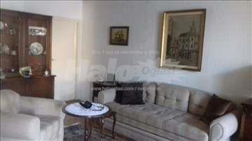 Lux stan na Petlovom Brdu za izdavanje