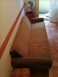 Trosed-kauč, na razvlačenje