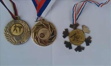 Medalje 3 komada