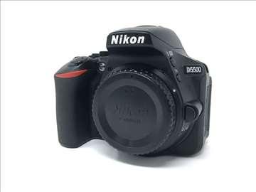 Nikon D5500 + 18-55mm VR II (opciono) - 3314 okida