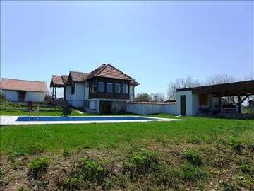 TOPOLA-LIPOVAC, Lipovac