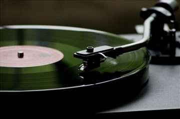 Veliki izbor kompletnih gramofona od 50e