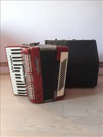 Prodajem harmoniku Weltmeister 80 basova