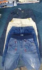 Pantalone na prodaju