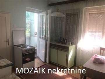 SMEDEREVO - CENTAR, Vuka Karadžića, 55m2, T, II/4