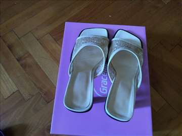 Cipkaste papuce sa stiklom
