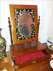 Sminkerica BIDERMAJER 1840god-Intarzija
