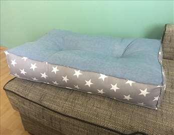 Novi jastuci za pse
