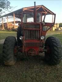 Traktor Volvo