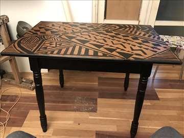 Povoljno trpezarijski sto