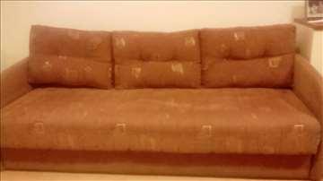 Kauč i fotelja na razvlačenje