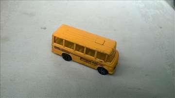 Corgi School Bus 7 cm,2 tocka ,nalepnice i boja iz