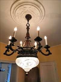 Predratni bronzani luster