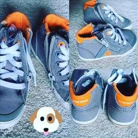 Rasprodaja. cipele, patike za decu firmirane