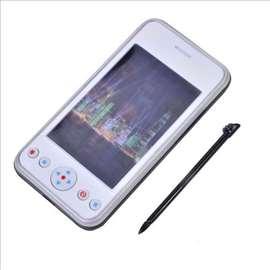 Beli mobilni telefon igračka