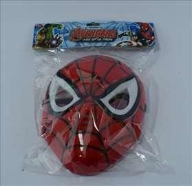Spiderman maska sa svetlosnim efektima