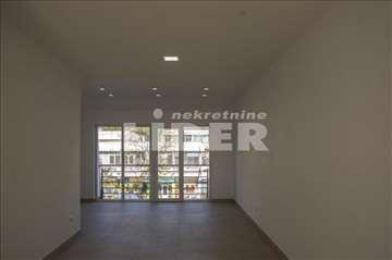 Stan ili poslovni prostor u centru Rakovice ID#963