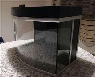 Akvarijum sa zaobljenim staklom