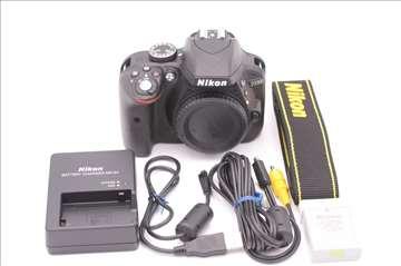 Nikon D3300 telo sa 382 okidanja - nov
