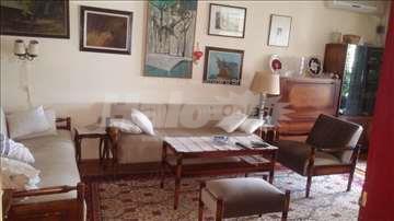 Lep, 3-sobni stan u centru Leskovca, cg,prodaja